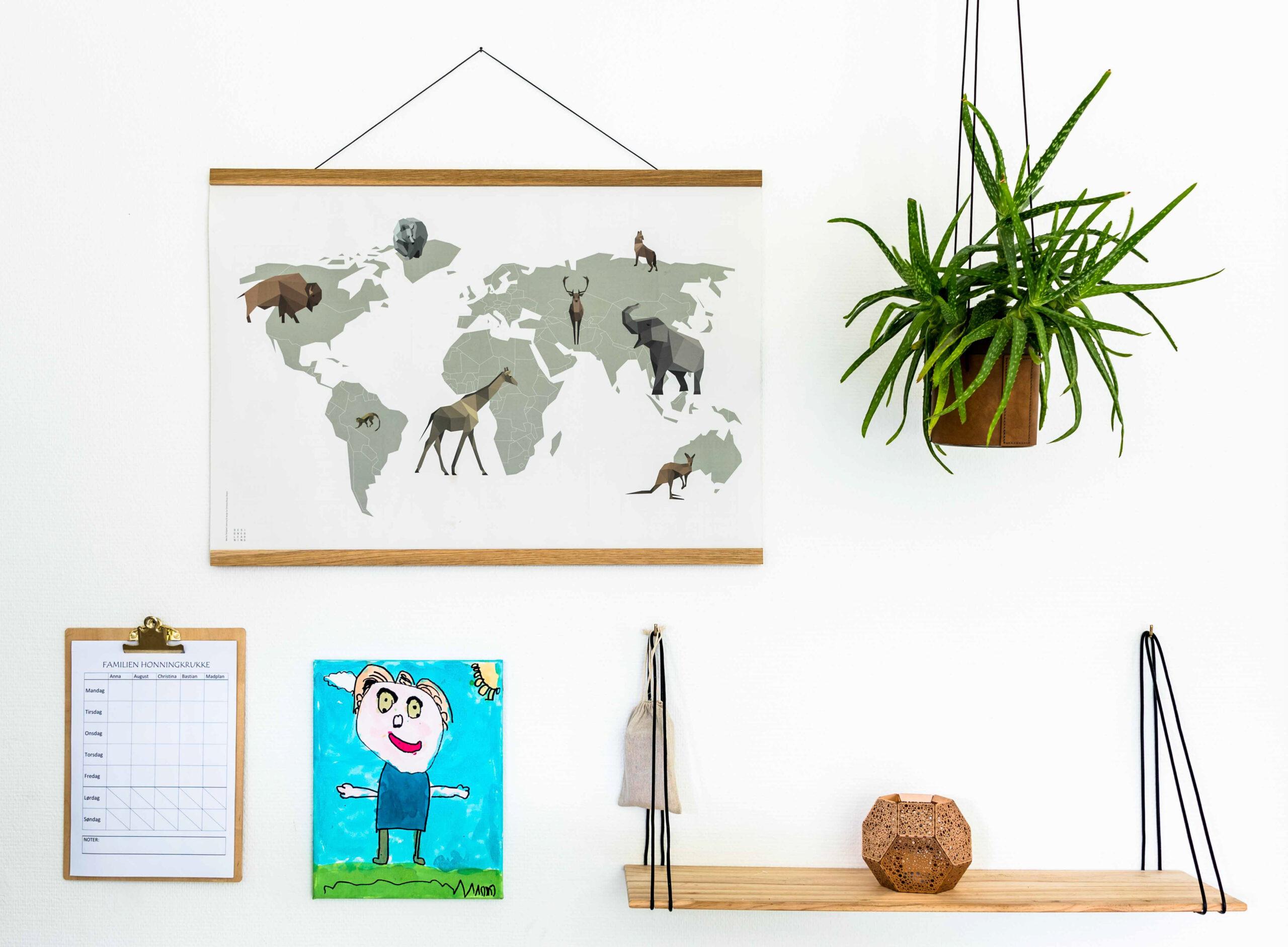 verdenspakken, verdensdyr, verdenskort, børn verden, børn dyr, dyre plakat, verdens plakat, verden læring, dyr læring, verden pæn plakat, dyr pæn plakat, vendbar plakat, verden visuel, verden overblik, nærvær familie, nærvær børn, gave børn, gave familie