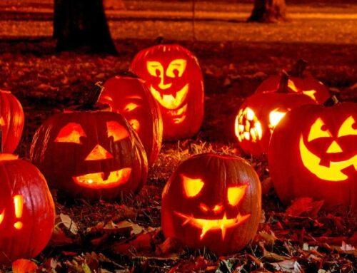 Halloween aktiviteter der gør det uhyggelige hyggeligt
